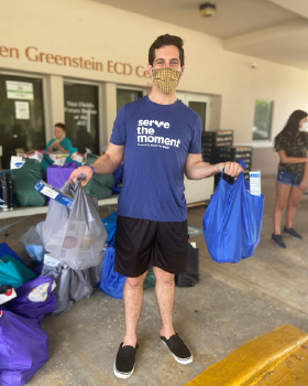 Kosher Food Distribution Drive-Thru Helps the Community